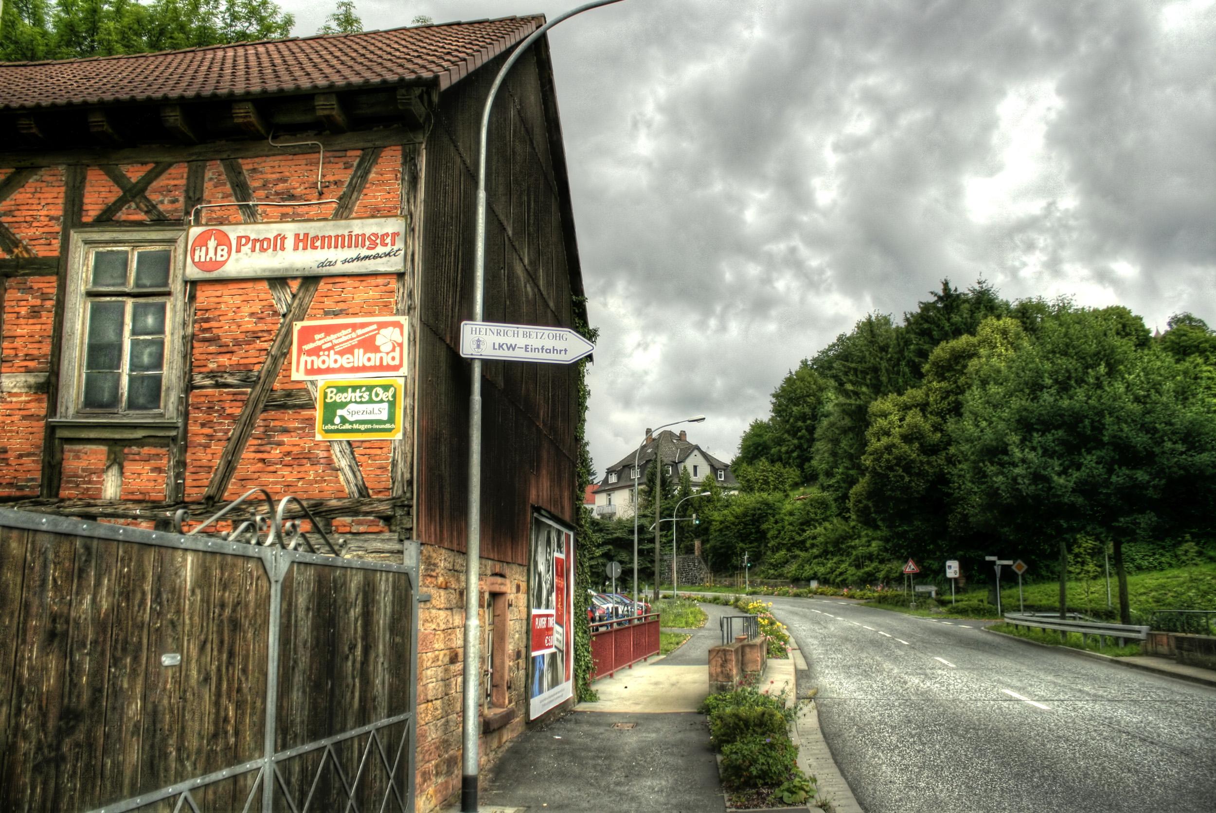 F36 Ortenberg - Lissberg, B 275, N50° 22.368 E009° 04.884 by Philipp